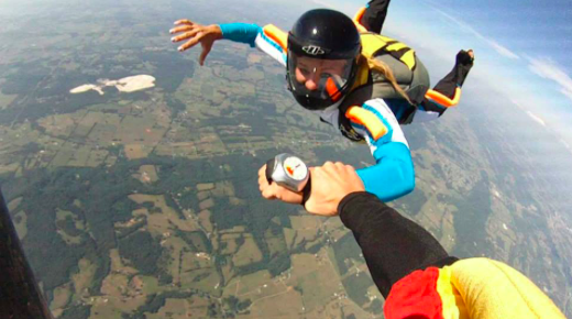 Amanda Rabatin Sky Diving. Rabatin's favorite pastime is this exhilarating sport.