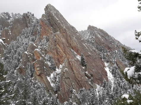 "Royal Arch via ""Sentinel Ridge"""